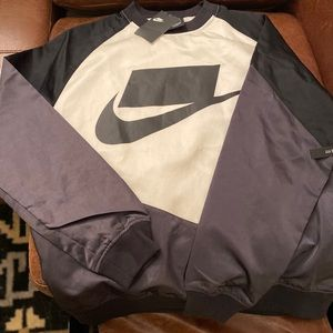 Nike NSW crew neck no logo sweatshirt. NWTags Med.